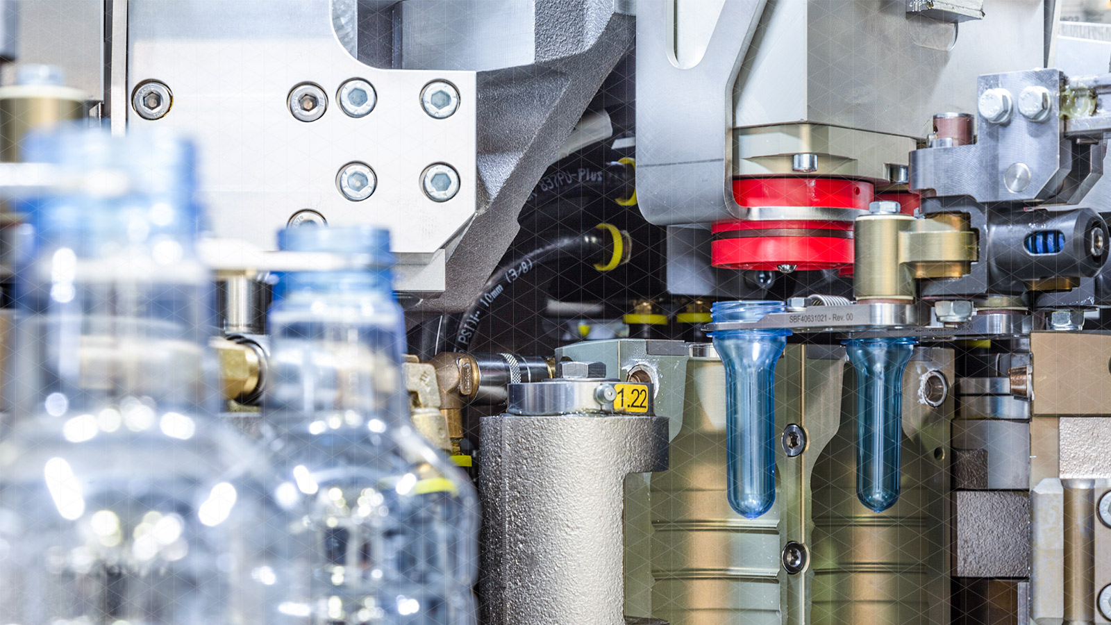 Machines and complete systems for food & beverage by SACMI | SACMI